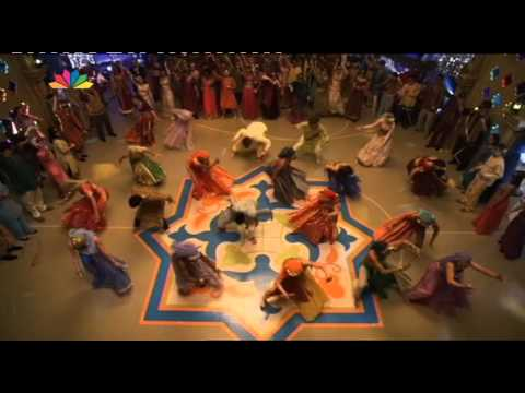 A Cinderella Story:Once Upon a Song - Bollywood dance scene (Greek subs)