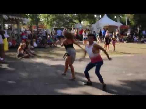 Best Flash Mob Proposal Fringe Festival (Bruno Mars Marry You)