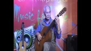 Tiếng hát giữa rừng PắcPó - nghệ sĩ Phạm Văn Phúc