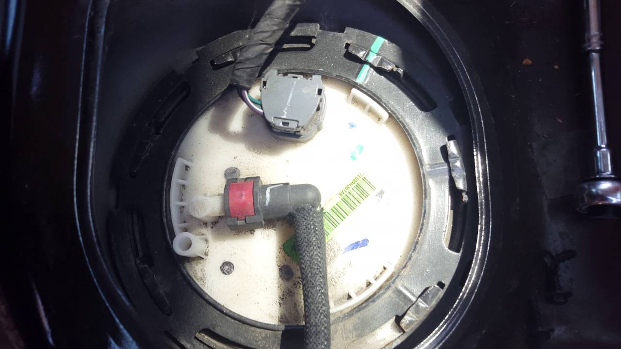 how to access your fuel pump on a lincoln mkz zephyr and fusion