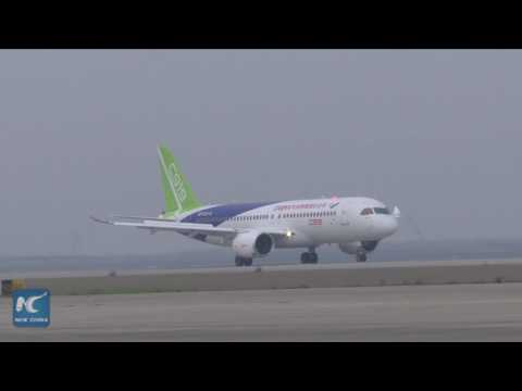 Chinese-made large passenger jet conducts taxiing tests