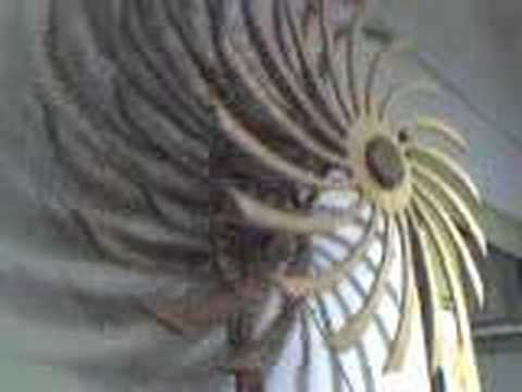 Perpetual motion art (102.3G2) - YouTube