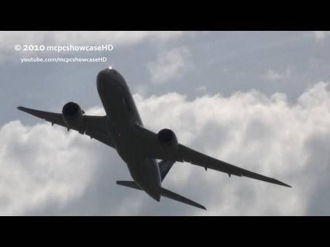 Boeing 787-8 Wing Wave (Beautiful!)