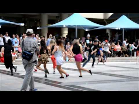 FlashMob Perth 11th december 2012 Forrest Chase part one