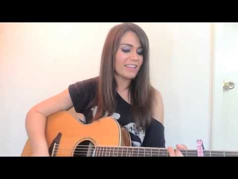 "Taylor Swift ""Shake It Off"" cover Alayna"