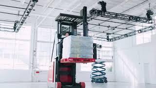 Toyota-Raymond 9000 Series Swing-Reach Forklift