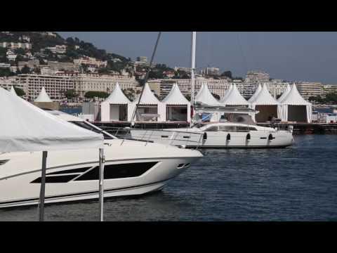 Cannes Yachting Festival 2016 - Aufbau