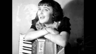 Edith Piaf - Le Vieux Piano (The Old Piano)