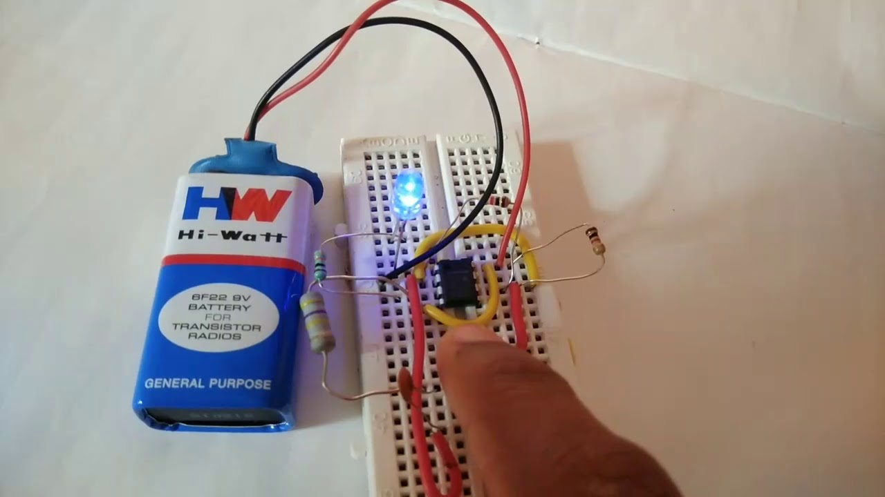 Toggle On Off Switch Using 555 Timer Ic Youtube Touch Monostable With