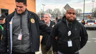 Taxi Dispatchers Arrested at JFK for bribery