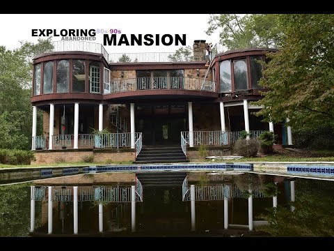 EXPLORING ABANDONED 80s-90s MANSION w/ OUTDOOR POOL!