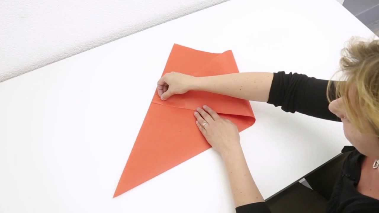 un chapeau origami youtube. Black Bedroom Furniture Sets. Home Design Ideas
