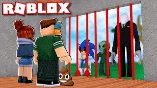 BUILD WITH POOP TO SURVIVE THE MONSTERS FROM ROBLOX