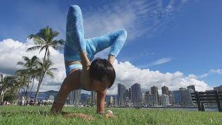 """空撮 Acro Yoga Waikiki Hawaii """"Aoi Maeda"""" ホノルルのマジックアイラ..."""