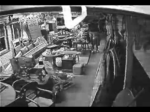 Thief in downtown Garland at Alston's Antiques