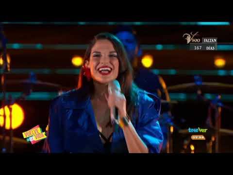 """""""El Sol No Regresa"""" Fue Interpretado Por Natalia Jiménez En La Noche De Batallas"""
