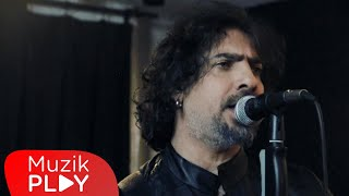 Cem Başak - Aklımda Bir Tek Şey Var (Official Video)