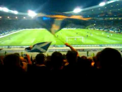 Scotland fans sing Loch Lomond v Holland Sept 2009