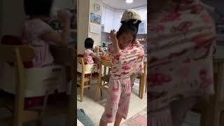 이모모자쓰고 춤추는 초딩9살