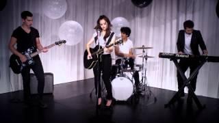 Смотреть клип Megan Nicole - Never Wanna Let You Go