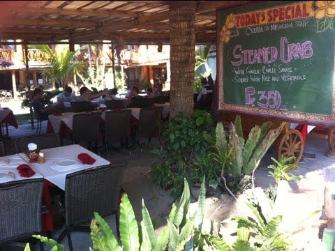 Red Coconut Bar and Restaurant Boracay Station 2 by HourPhilippines.com