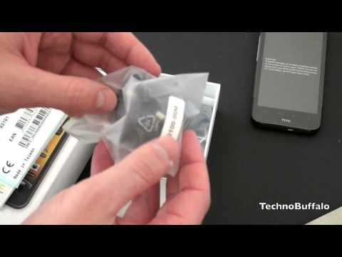 HTC Desire HD Unboxing!