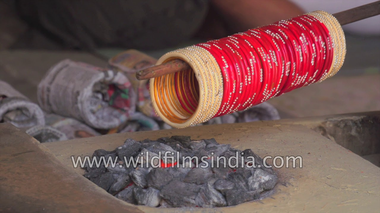 Download Lacquer bangles being made : Make in India story from Bihar
