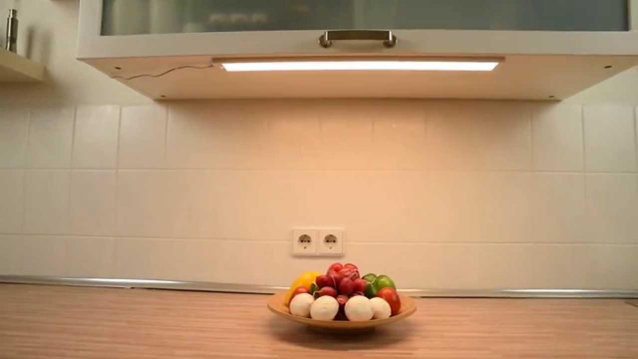 Dualux sensorgesteuerte Unterbauleuchte Produktvideo - YouTube