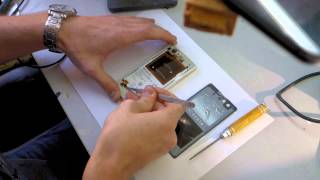 разбираем Sony Xperia Z1 Compact