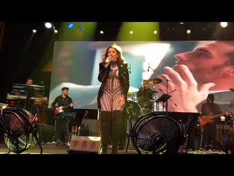 Sıfır Tolerans - Hadise ( Live ) Sahne Bitişi 21.4.2018
