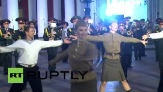 Ukraine: Odessa celebrates V-Day with music and dancing