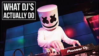 WHAT DJs ACTUALLY DO! - SEAMLESS BLENDING TUTORIAL