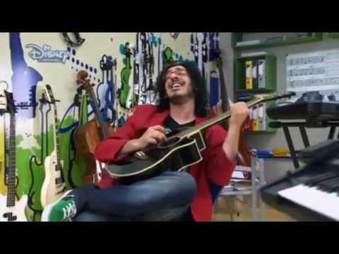 Download Violetta 2 - Beto singing - I love you (Te Creo) English - Episode 19