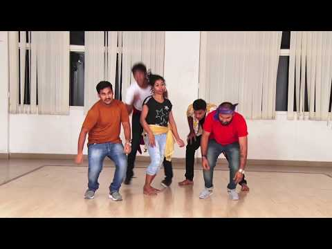 Medley Song Performance by film Acting Students   Jimpak Chipak   deo deo disaka   dio dio dole