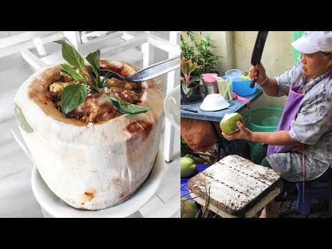 Thai Red Curry in Coconut ● Thailand Travel Vlog