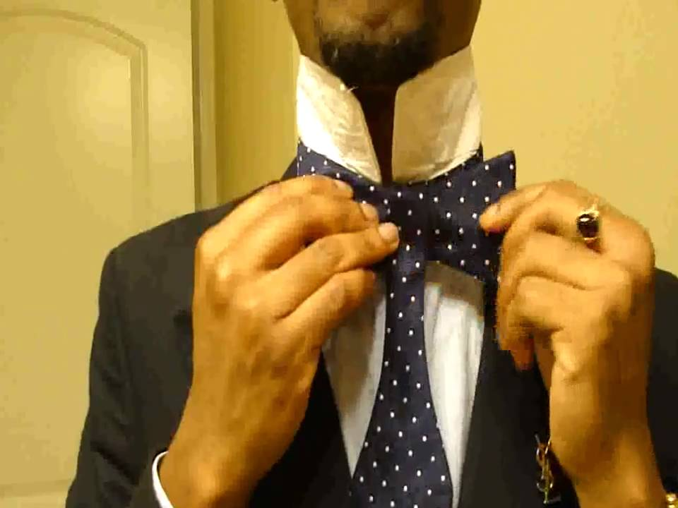 Mitchells guide how to tie a self tie mens bow tie youtube ccuart Image collections