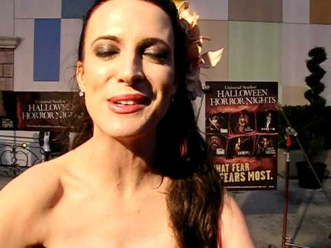 Interview with Calico Cooper @ Halloween Horror Nights