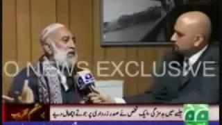 Shoes hit Asif Ali Zardari Must Watch