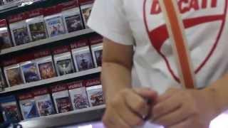 В магазине видеоигр Таиланд(Игры и цены в магазине Таиланда., 2015-03-14T09:43:56.000Z)