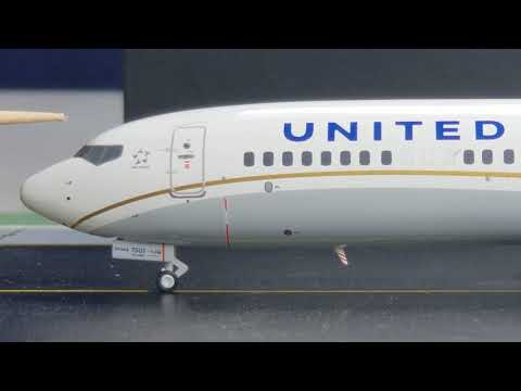 Gemini 200 United B737-MAX9(Featuring The Brand New Split