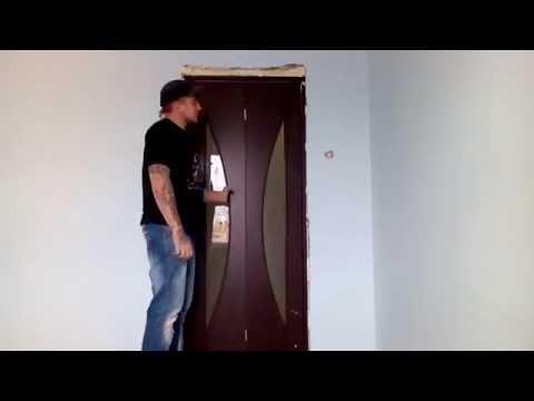 Установил дверь (гармошку)