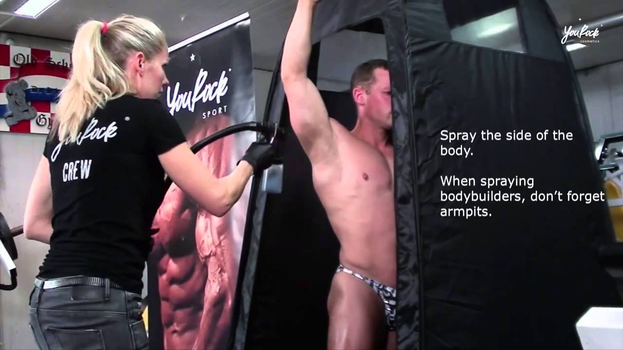 naked-spray-tan-women
