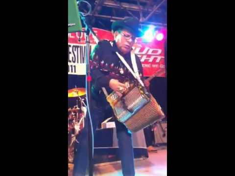 Mingo Saldivar Tejano Conjunto Festival Video 2 San Antonio TX  2011