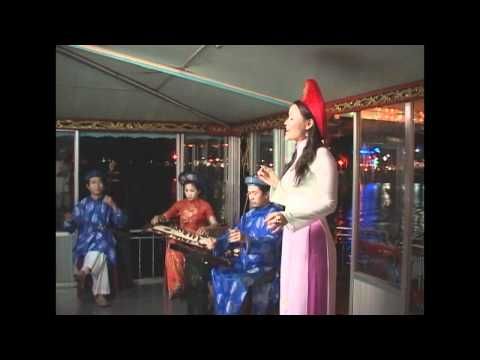 Ca Huế Trên Sông Hương ( phần 02 )