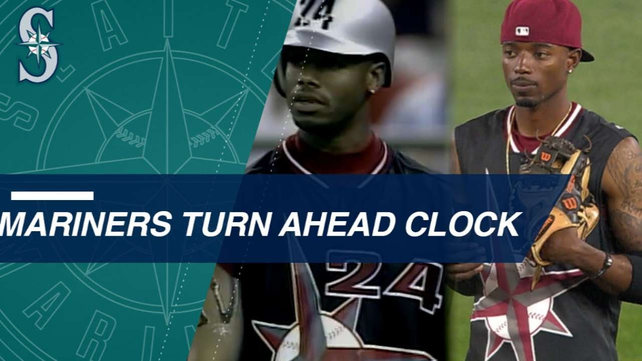 online store cc189 b5879 Mariners throw it back to Turn Ahead the Clock Night