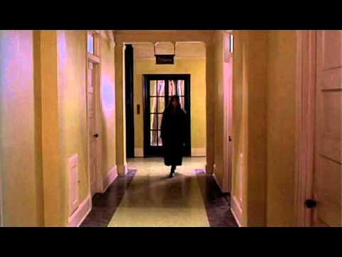 Trailer do filme Além do Arco-Íris Negro