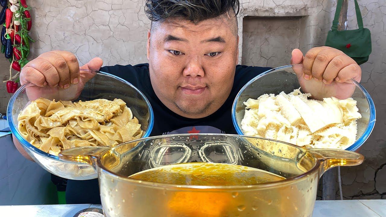 毛肚百叶实现自由,猴哥煮火锅七上八下涮起来,鲜嫩爽脆吃嗨了!【胖猴仔】