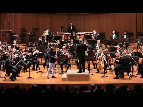 Charlie Siem with Israel Philharmonic Orchestra & Zubin Mehta   Bruch Violin Concerto 1st Mov