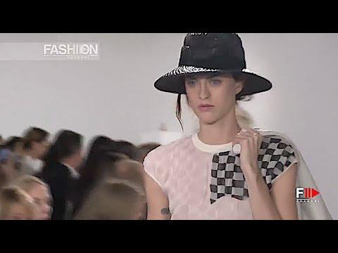 LOEWE Highlights Spring Summer 2018 Paris - Fashion Channel