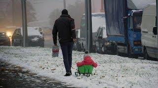 Первый снег в Минске: видеозарисовка